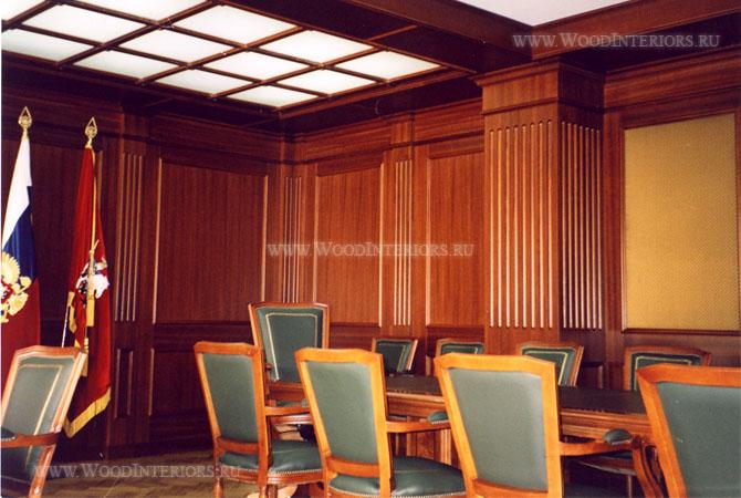 Деревянный интереьр рабочего кабинета. Фото2