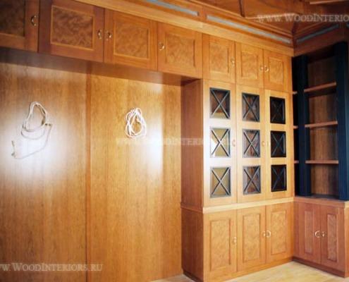 Деревянная мебель в интерьере квартиры. Фото3