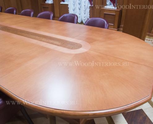 Деревянный интерьер заа президиума суда. Фото3
