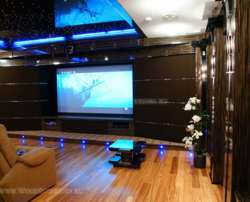 Акустические деревянные стеновые панели в интерьере кинозала. Фото 3