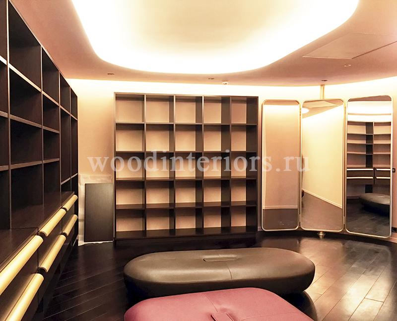 Мебель из дерева на заказ для гардеробной №219