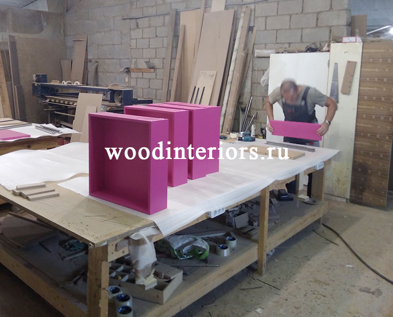 Мебель из дерева на заказ для гардеробной 211. Изготовление