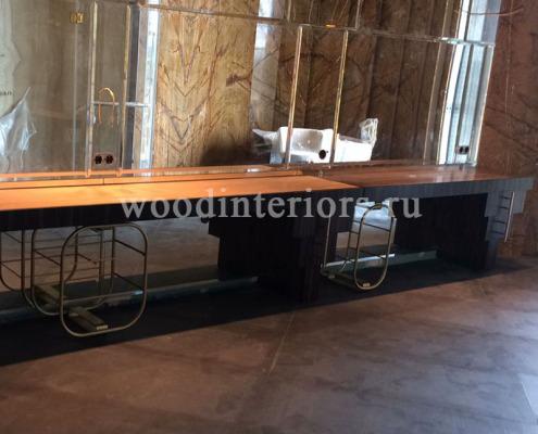 Мебель из дерева на заказ для ванной комнаты. Этап монтажа